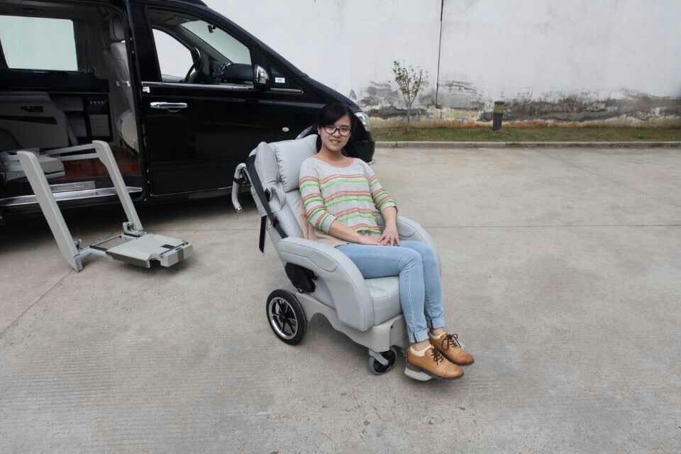 残疾人汽车座椅[德国]200000元